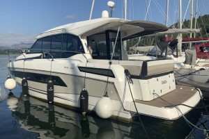 Pre-owned Jeanneau NC33 – Very high specification!