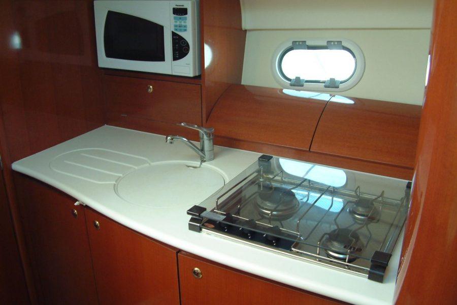 prestige-34-kitchen